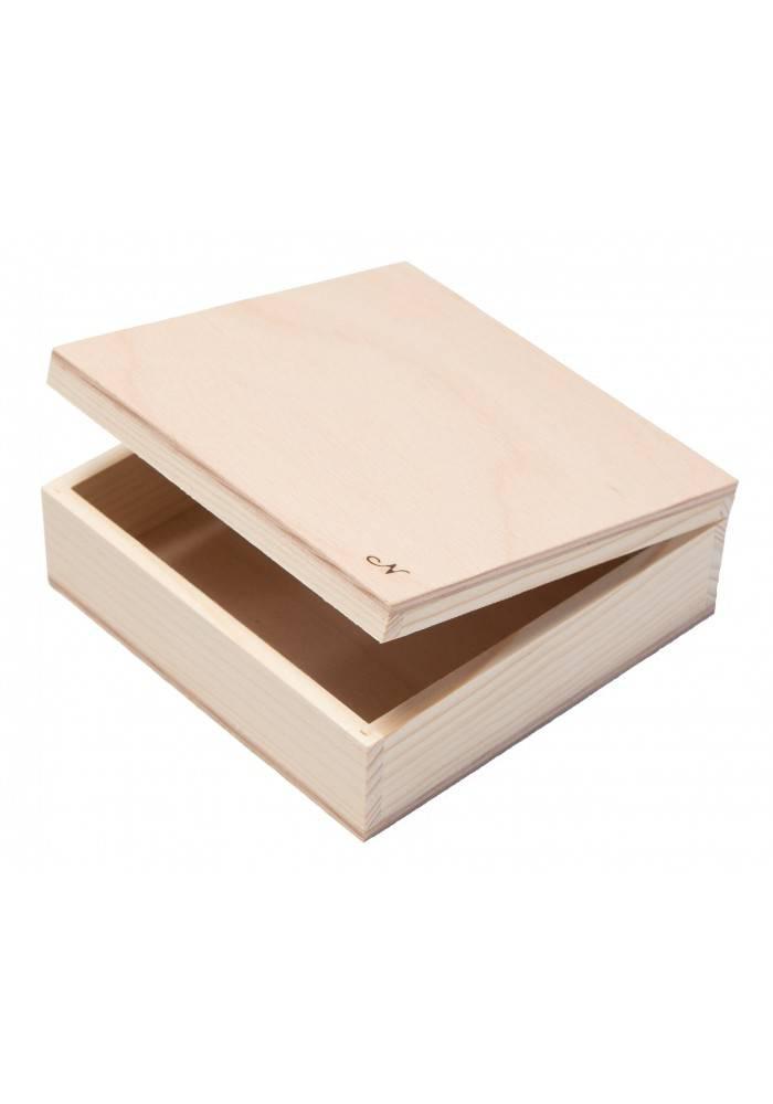 Dřevěná krabička malá 12x12cm